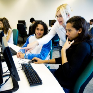 international_students_on_campus_usegtours